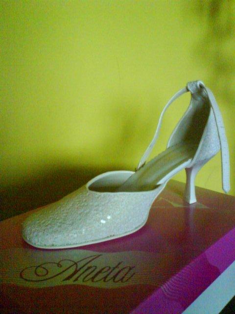 ToPa-Naša svadba - svadobné topánočky.