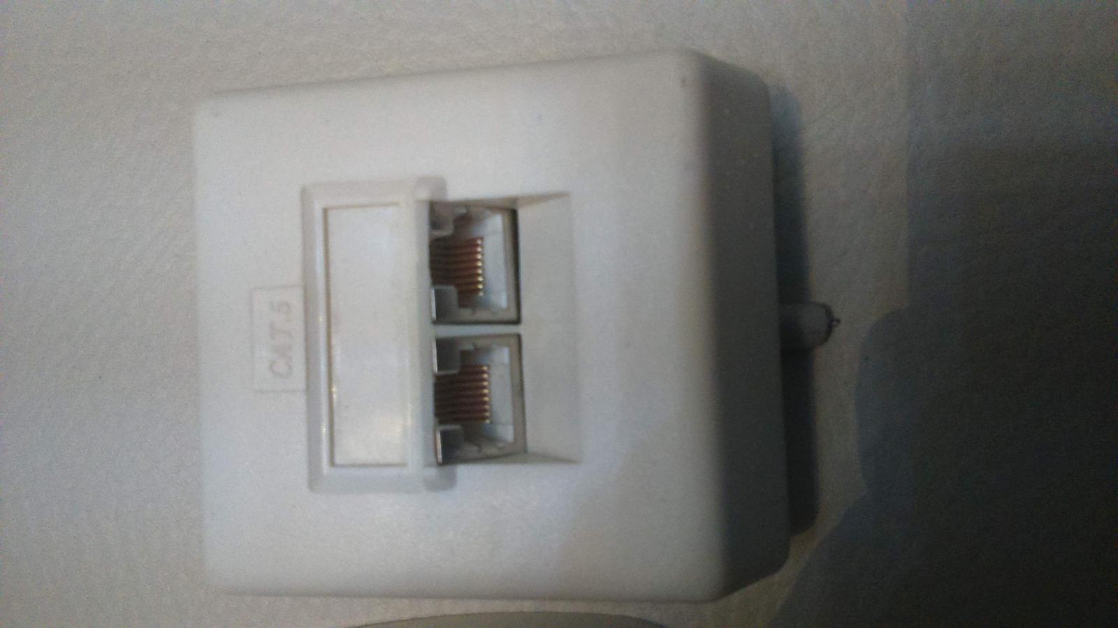 telefónne zásuvky  - Obrázok č. 3