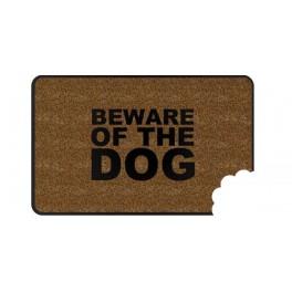 PredDVEREza - na chodbe - v šatníku - Rohožka beware OF THE DOG