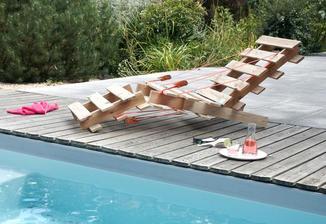 DIY: http://www.homedit.com/make-furniture-using-pallets/?utm_source=related-single-link&utm_medium=thumb&utm_campaign=he
