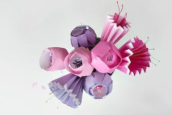DIY: http://hub.tutsplus.com/tutorials/make-a-bunch-of-the-prettiest-paper-flowers--craft-10870
