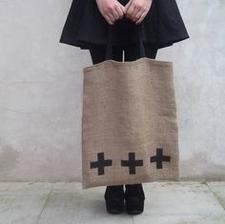 + na taške