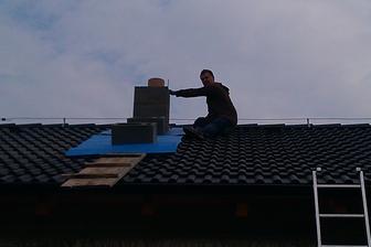 Dnes staviteľ komínov....služby všeho druhu