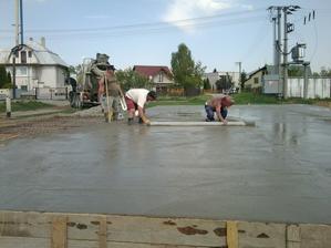 3.5.2012 betónovanie platne
