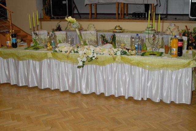Miriama Jesenská{{_AND_}}Igor Hudák - Hlavný stôl