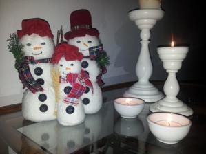 ..naša rodinka snehuliakov...
