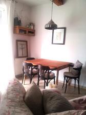 ...s novými stoličkami....predsa som sa rozhodla pre tmavú...len stále zvažujem, či vymeniť stôl..hmmmm?