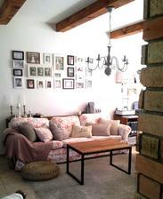 ..malá zmena u nás - DIY jednoduchý industriálny stolík...pre mňa príjemná, priestor odľahčujúca zmena :)
