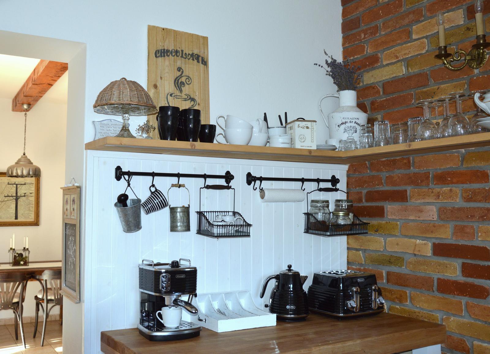 ..kuchyňa podľa mojich predstáv... - ...poslúchala som.....alebo hurááá dočkala som sa :-D