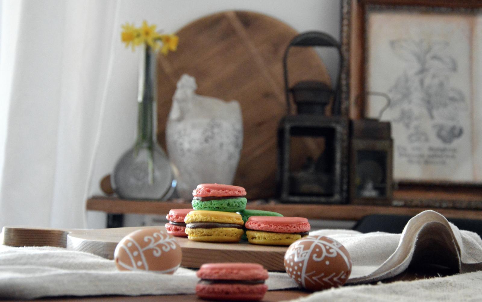 Home sweet home...... - naše farebné veľkonočné makarónky :-)