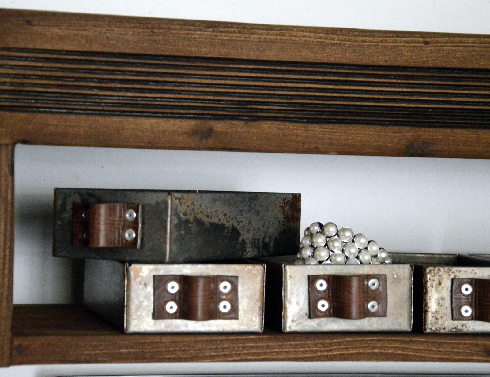 Home sweet home...... - ...plechové krabičky na drobnosti....