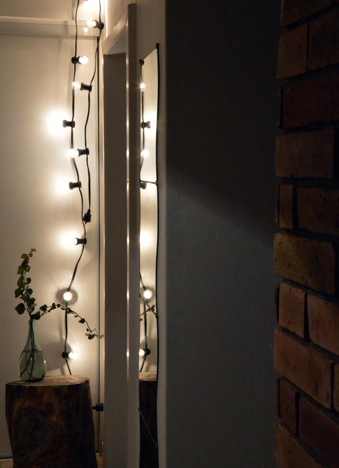 Home sweet home...... - ...vyrobili sme si žiarovkový kábel alebo light chain...teda vyrábal môj muž, ja som len objednala materiál :-D:-D