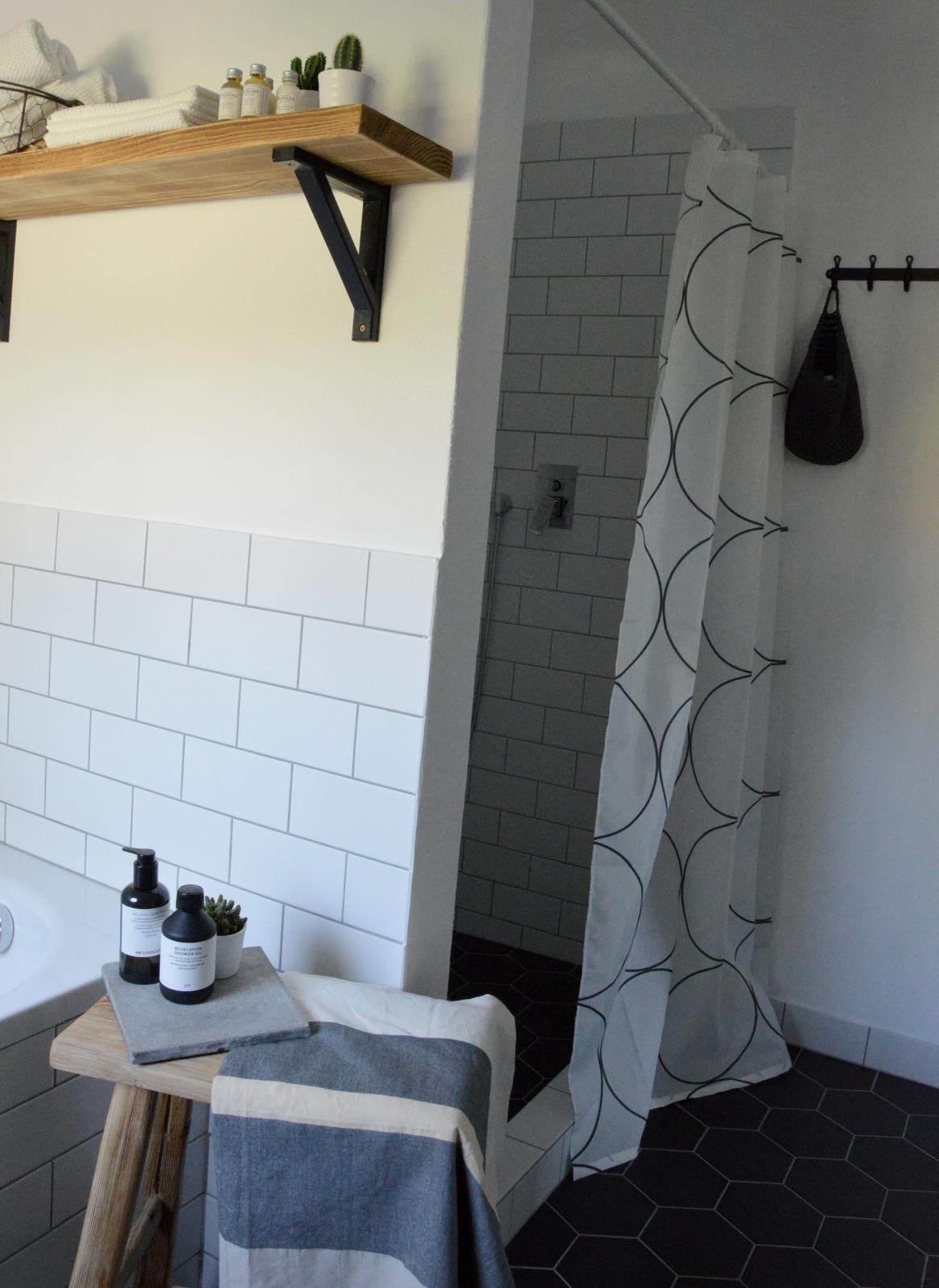 Home sweet home...... - ...úplne naj je sprcháč...kvôli nemu sa to vlastne celé udialo :-)