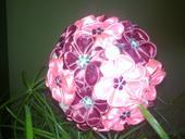 kvetinova guľa,
