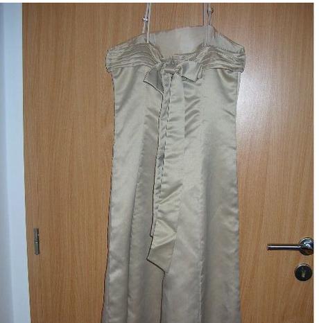 zlaté šaty - Obrázok č. 3
