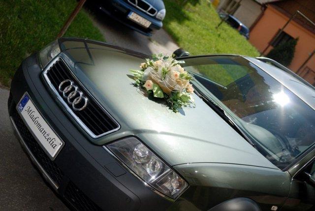 Tina a Peco - Naše auto