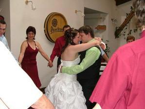 První tanec, hráli nám The Rose od Westlife.