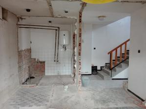Probourání komory, wc a koupelny..