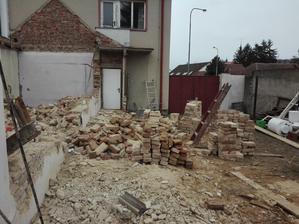 16.3.2019 bourani zdi a cisteni cihel