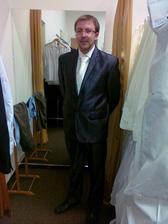 Ženíšek se konečně uvolil do salónu, zvládl 2 varianty! :-) šikulka, tento protřelý bankovní manager