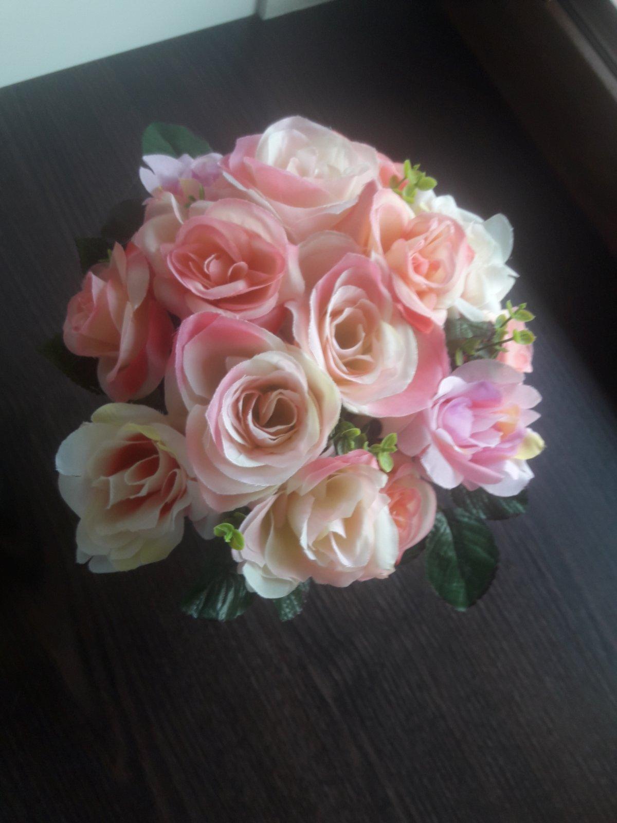 Ruže v kvetináči - Obrázok č. 2