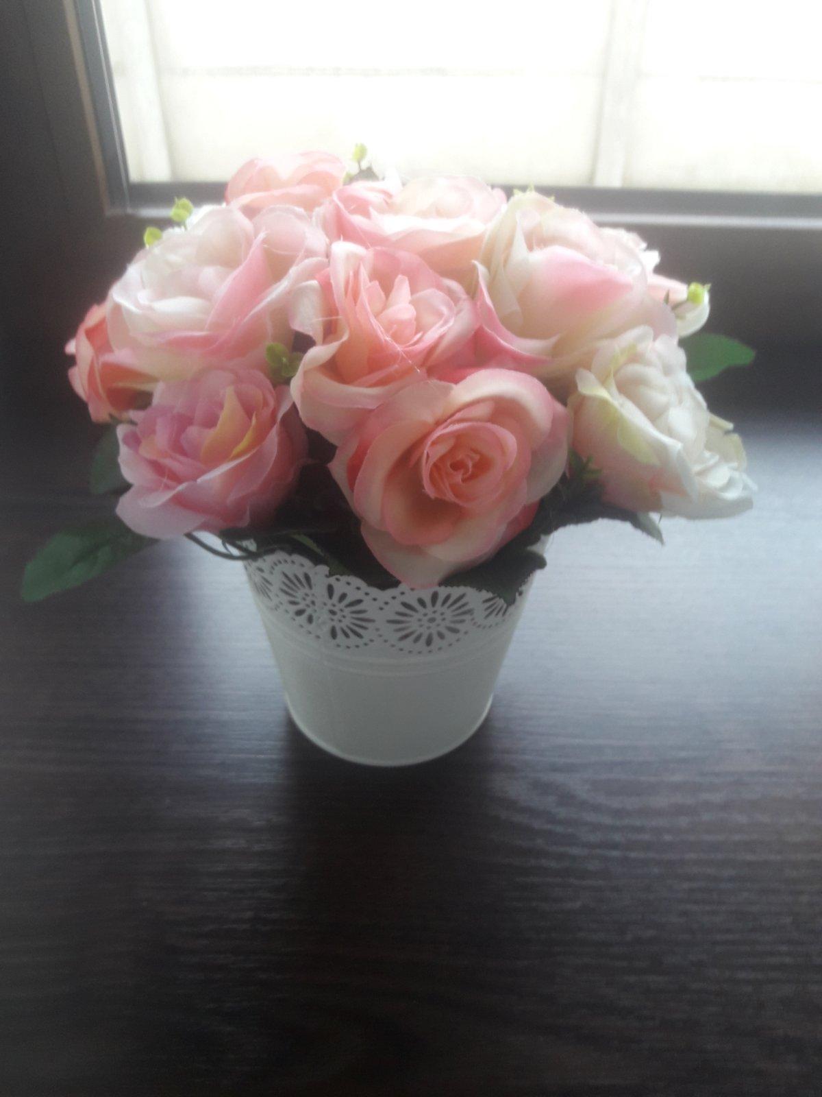 Ruže v kvetináči - Obrázok č. 3