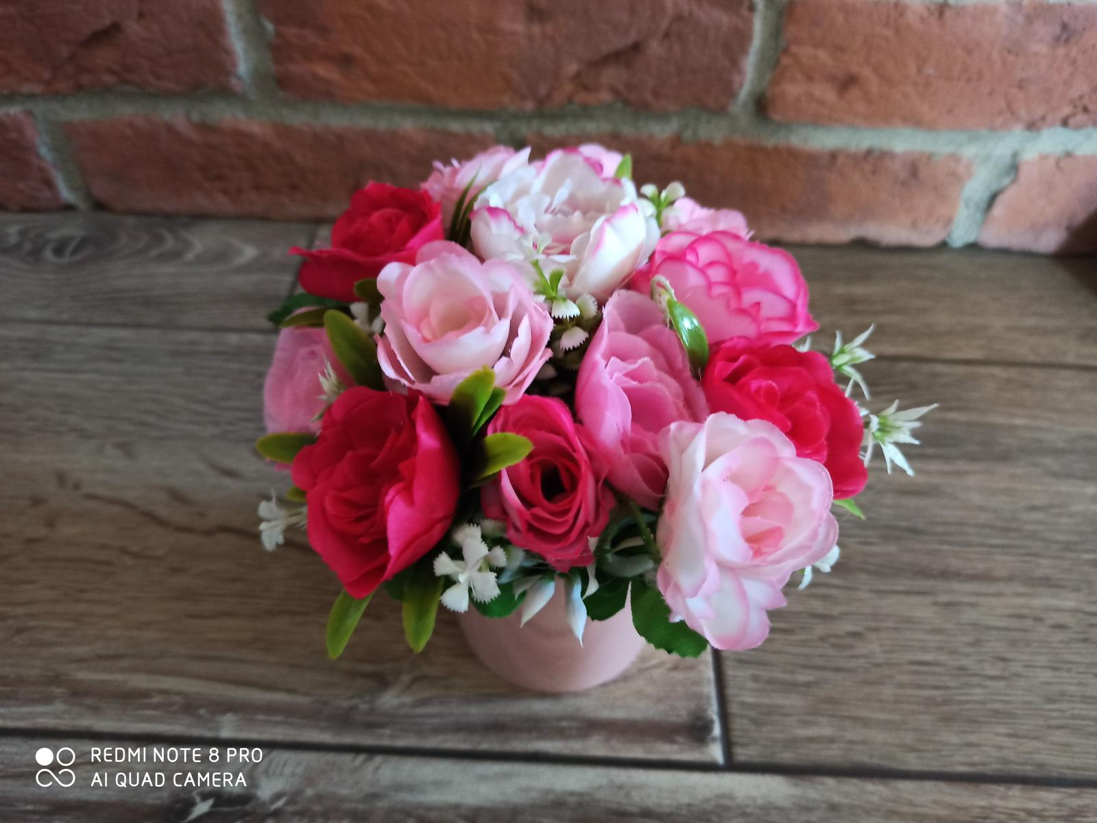 kvety vo vaze - Obrázok č. 2