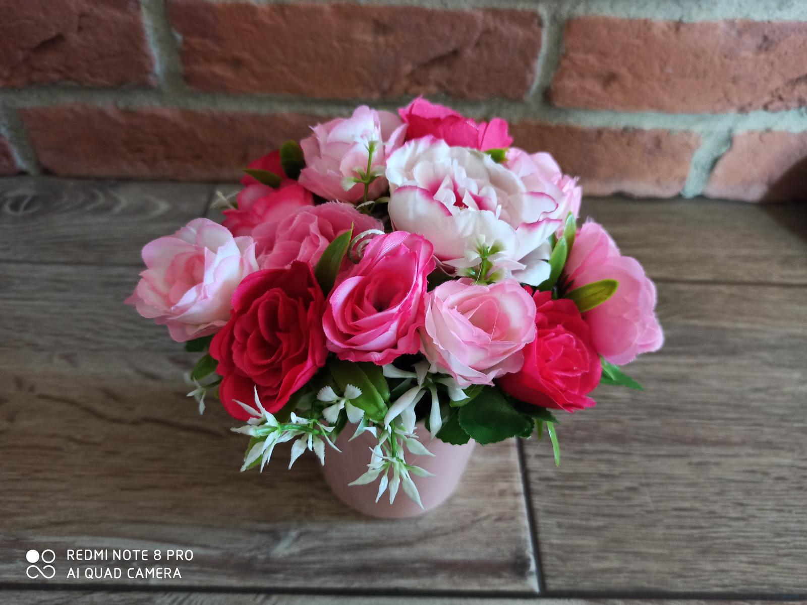 kvety vo vaze - Obrázok č. 3