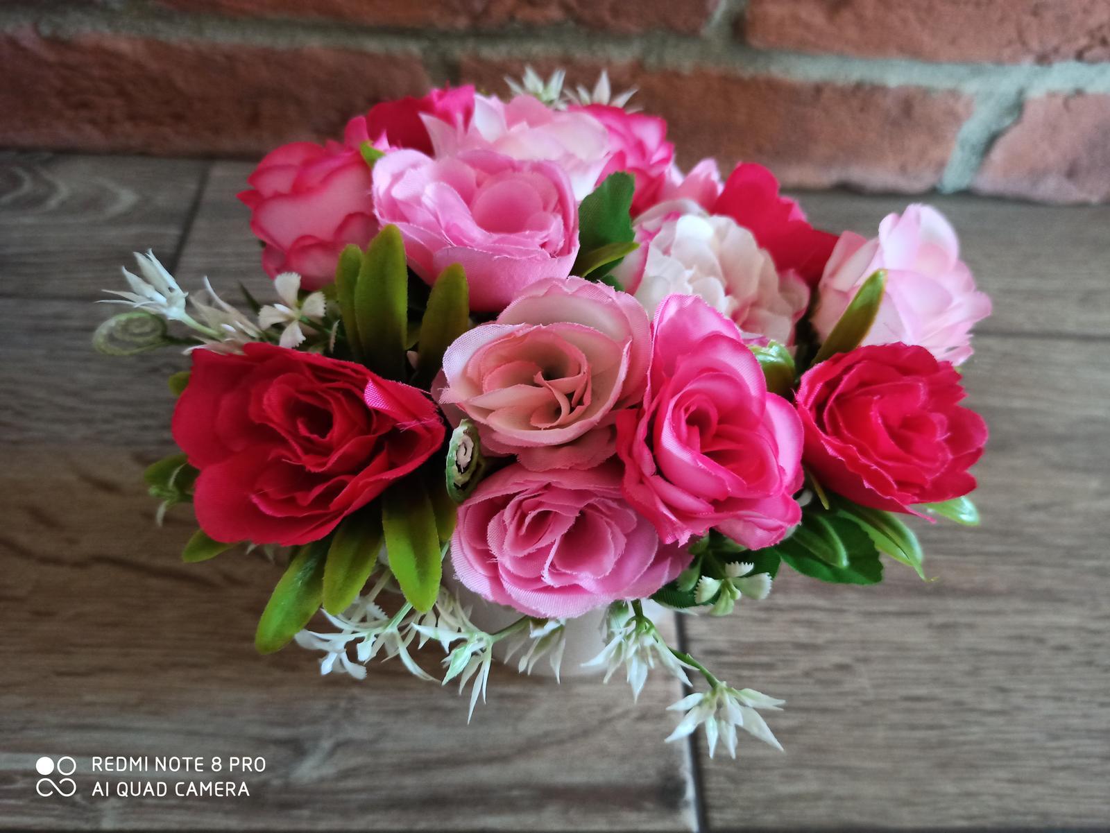 kvety vo vaze - Obrázok č. 4