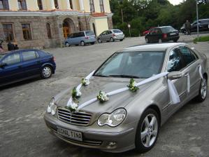 ženíchovo svadobné auto