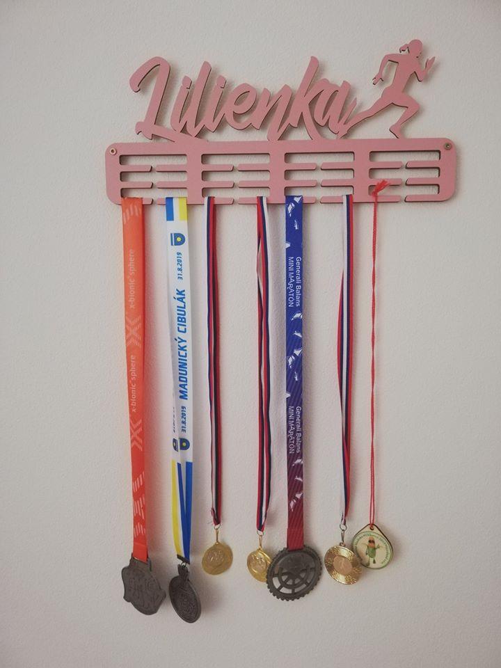 Vešiak na medaile - Obrázok č. 37