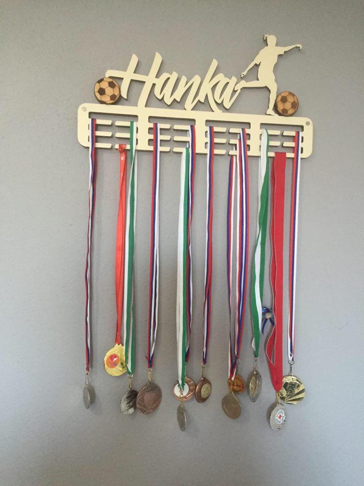 Vešiak na medaile - Obrázok č. 47