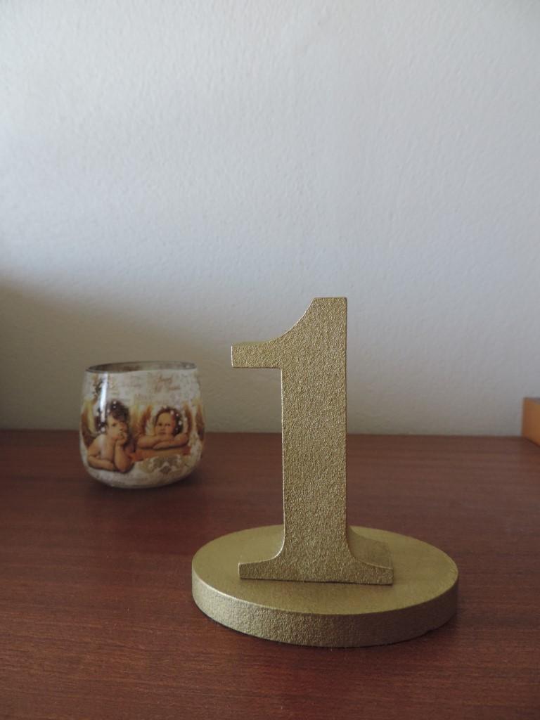 Zlaté čísla na stôl - Obrázok č. 3