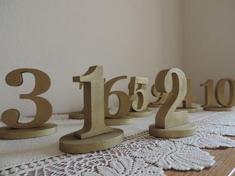 Zlaté čísla na stôl - Obrázok č. 1