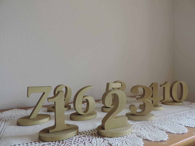 Zlaté čísla na stôl - Obrázok č. 4