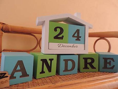 Drevené kocky s menom a kalendárik - Obrázok č. 1