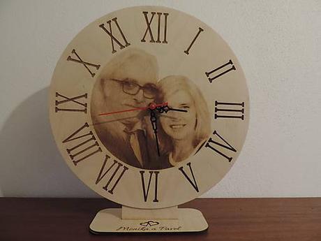Drevené hodiny gravírované - Obrázok č. 1
