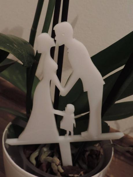 Zápich na tortu pár s dieťaťom - Obrázok č. 1