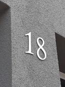Súpisné číslo z brúseného hliníku,
