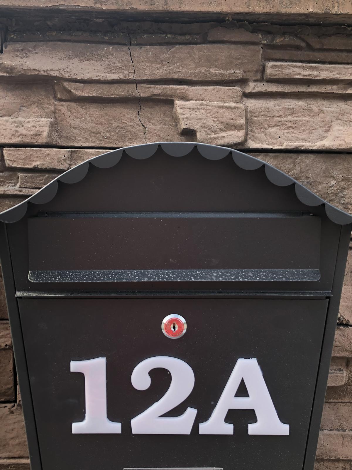 Čísla na dom z plexiskla - Obrázok č. 1