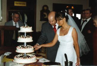 my zaciname krajenim dortu