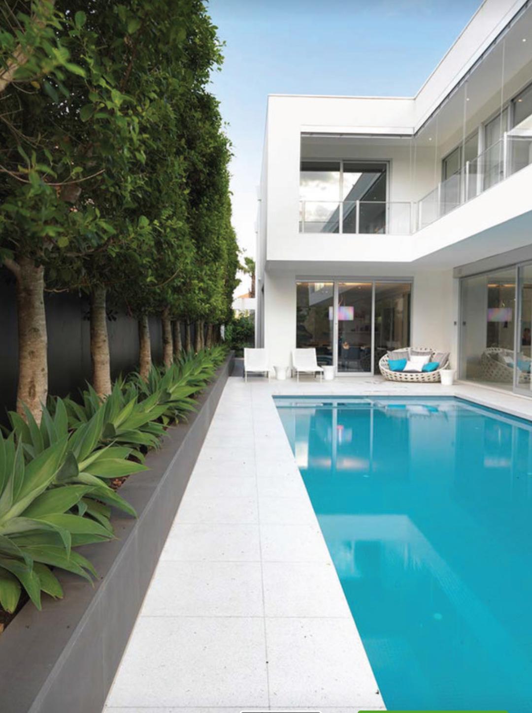 Bazén v malej záhradke - Obrázok č. 39