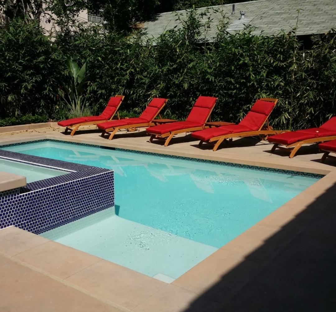 Bazén v malej záhradke - Obrázok č. 48