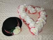 Svatební dekorace aut - srdce, cylindr, organzy,