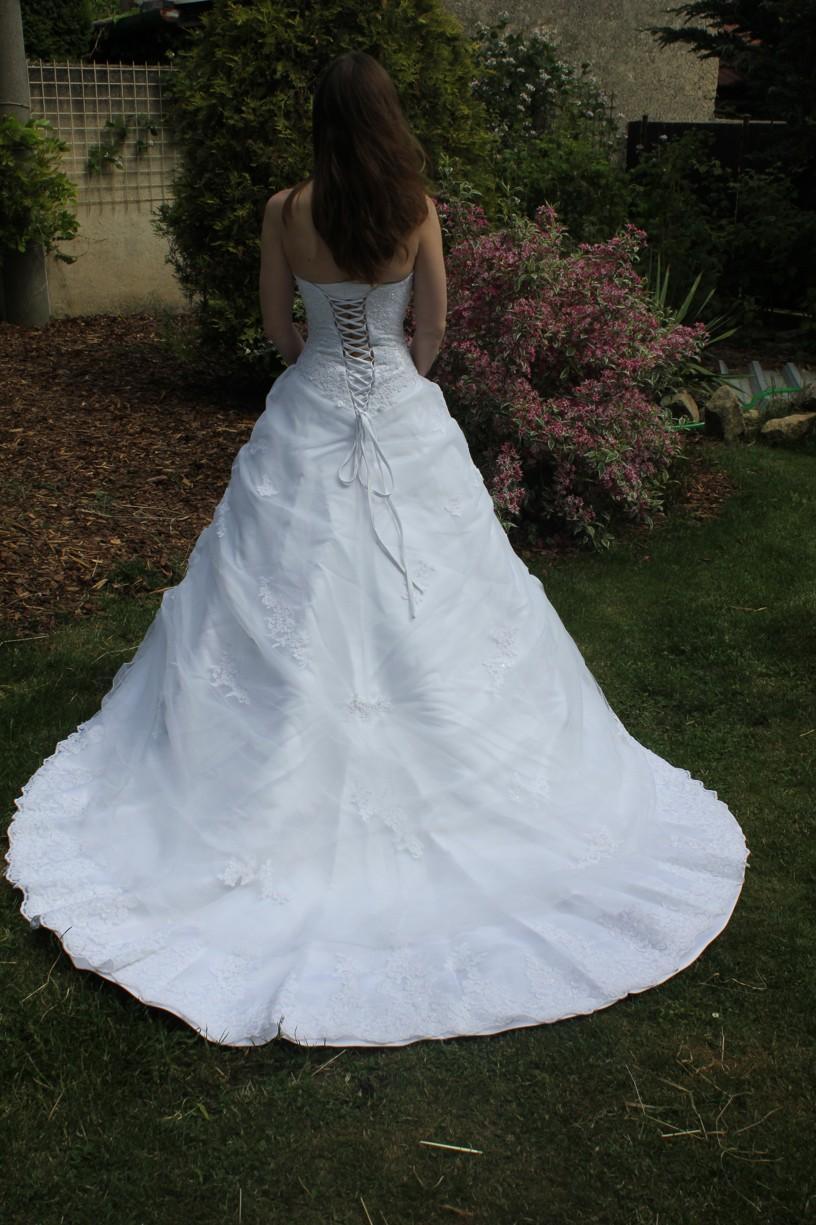 Svatební šaty Maggie Sottero, nepoužité,vel. 34-36 - Obrázek č. 4