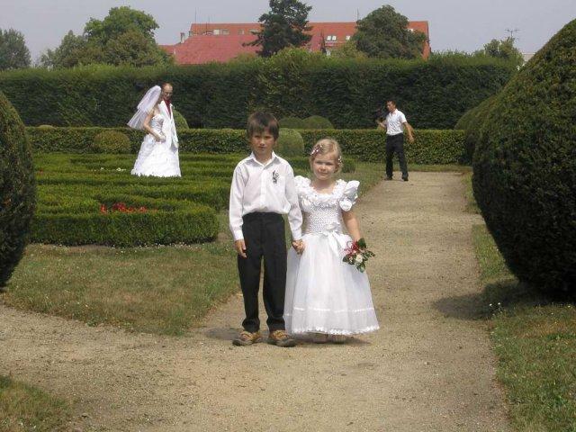 Ivča Otáhalová{{_AND_}}Mirek Matyska - kamerování a focení v Květné zahradě
