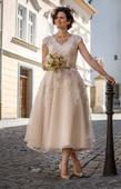 Svatební šaty vel. 40 (93,75,101, délka 152 cm), 40