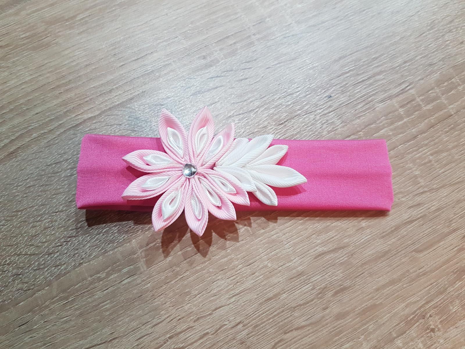 Elastická růžová čelenka do vlasů pro malé slečny - Obrázek č. 1