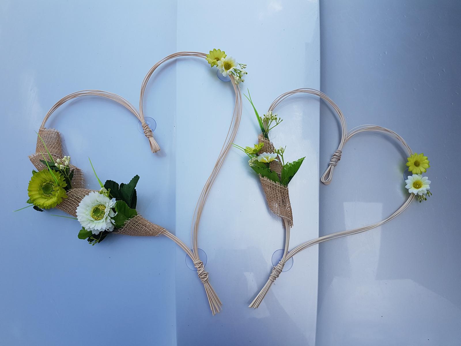 Srdce z pedigu s kytičkami a jutou (2 ks) - Obrázek č. 1