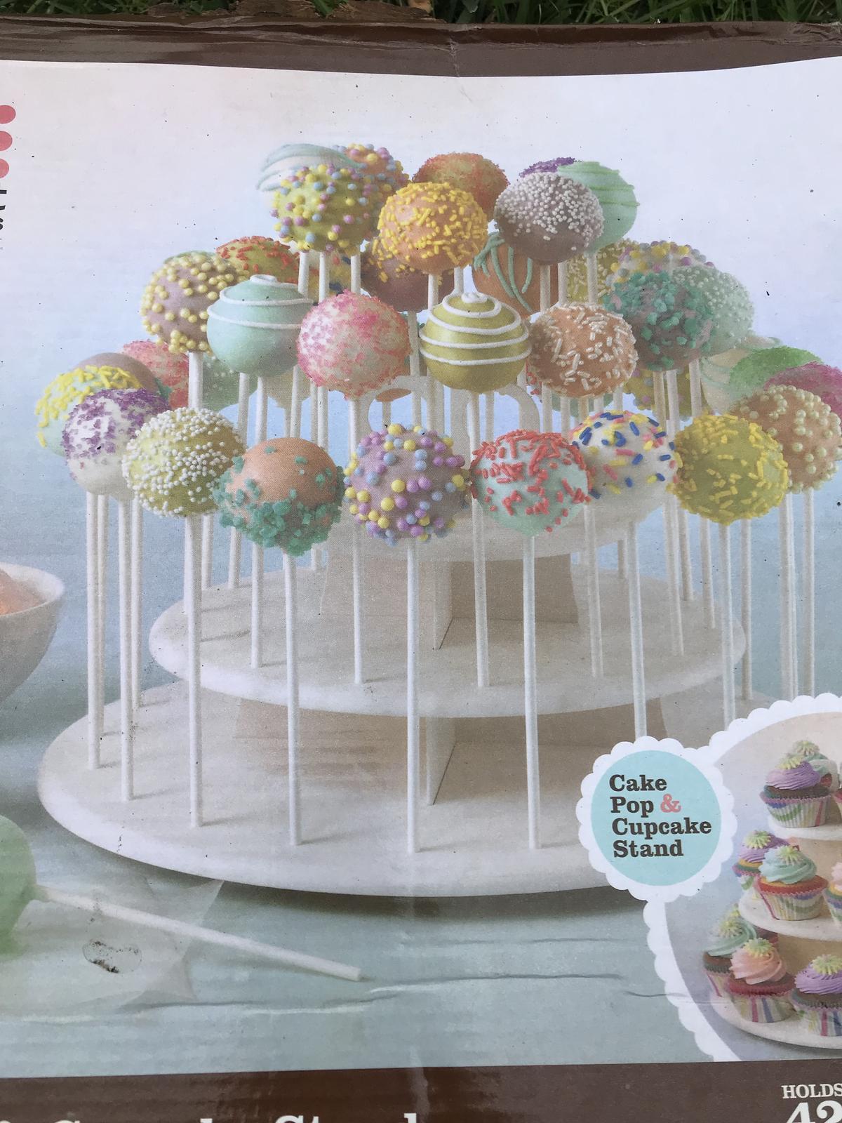 Stojan na popcakes, cupcakes nebo cokoliv jiného  - Obrázek č. 2